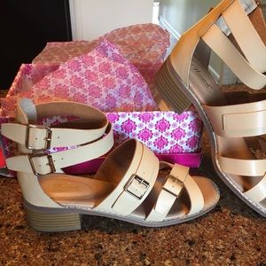 Sandals (new in box).  Wanted (Kingdom , Natural)